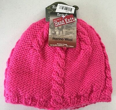 cdfd40aa5d2 Turtle Fur Women s Cabler Heavyweight Merino Wool Blend Hand Knitted Beanie  Pink