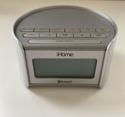 Used iHome iBT230 Bluetooth Wireless FM Clock Radio with USB Charging Silver