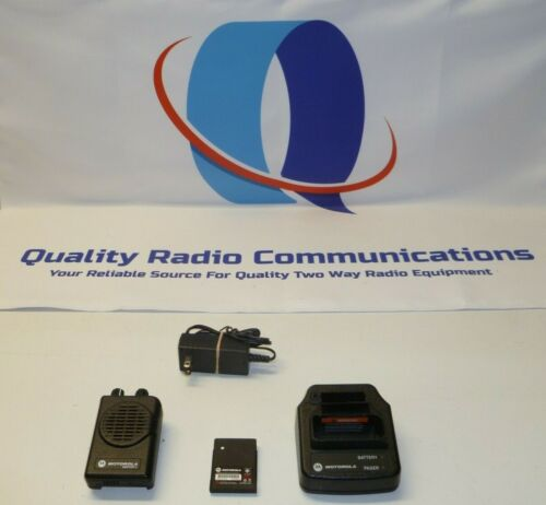 Motorola Minitor V 453-461.9 MHz UHF 2 Ch Stored Voice FIRE EMS Pager w Charger