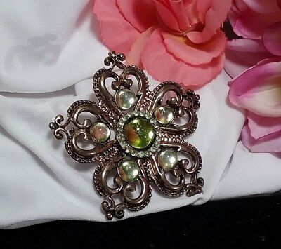 (Vintage Estate Gold Green Peridot Rhinestone Moon Glow Royal Heart Brooch Pin)