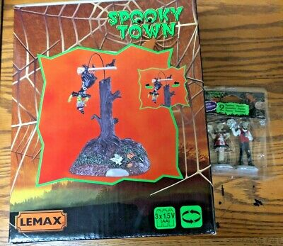 LEMAX SPOOKY TOWN HALLOWEEN ANIMATED TABLE ACCENT UH-OH NEW #84332 & 2 FIGURINES - Halloween Town 2