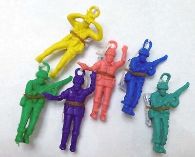 Pack of 12 Multi Color Parachute Army Guys (NEW) Toy Soldier Men Party Favors