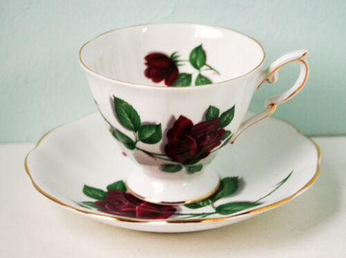 Vintage TEA CUP Royal Standard Fine Bone China, England #2628