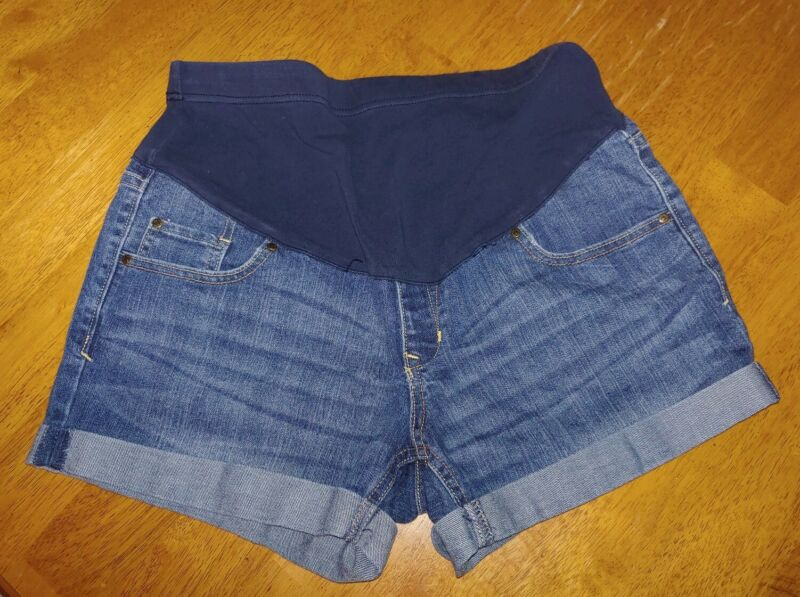 Old Navy Maternity Cuffed Jean Shorts Size 6