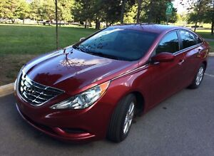 Hyundai Sonata 2012 GL with warranty