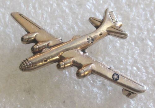 Vintage WW2 Era US Army Air Corps Military Plane Bomber Lapel Pin WWII