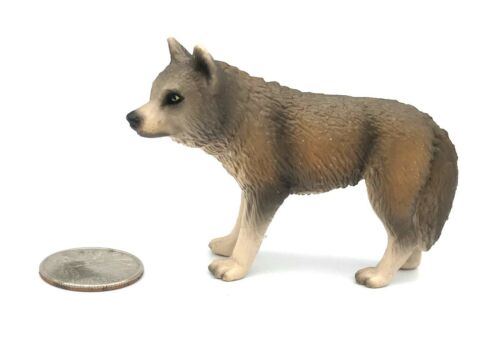 Schleich GREY WOLF FEMALE Wildlife figure 2002 Retired Wolves 14249