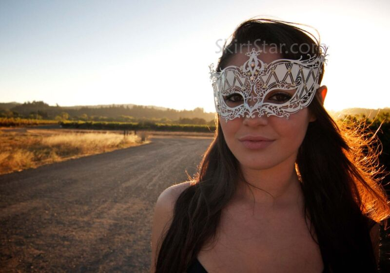 LASER CUT metal VENETIAN MASK masquerade rhinestone WHITE NEW Asian Prom WEDDING