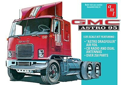 1:25 AMT GMC ASTRO 95 Semi Truck Plastic Model Kit *NEW SEALED*