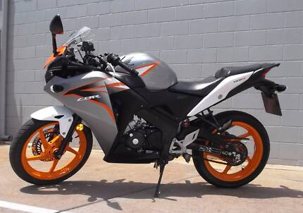 Honda CBR125 2012- LAMS - Just Arrived! Aitkenvale Townsville City Preview
