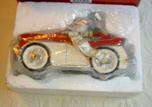 Fitz and Floyd Merry & Bright Collection Santa in Car Here Comes Santa Clause