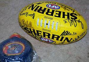 Adelaide CROWS SIGNED football and Drinkbottle Blakeview Playford Area Preview