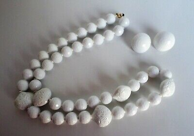 Think Summer!  Cool, Classy White Lucite Bead Necklace & Matching Clip Earrings!](Cool Twin Costumes)
