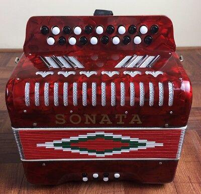 Accordion Sonata Para Música Típica, Tono Sol. Dos Linias Red Pearl.