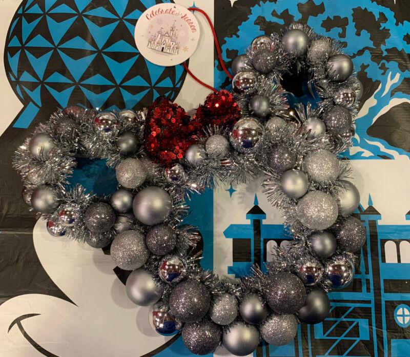 Disney Parks Mickey Minnie Silver Christmas Holiday Wreath New For 2020 Classy!