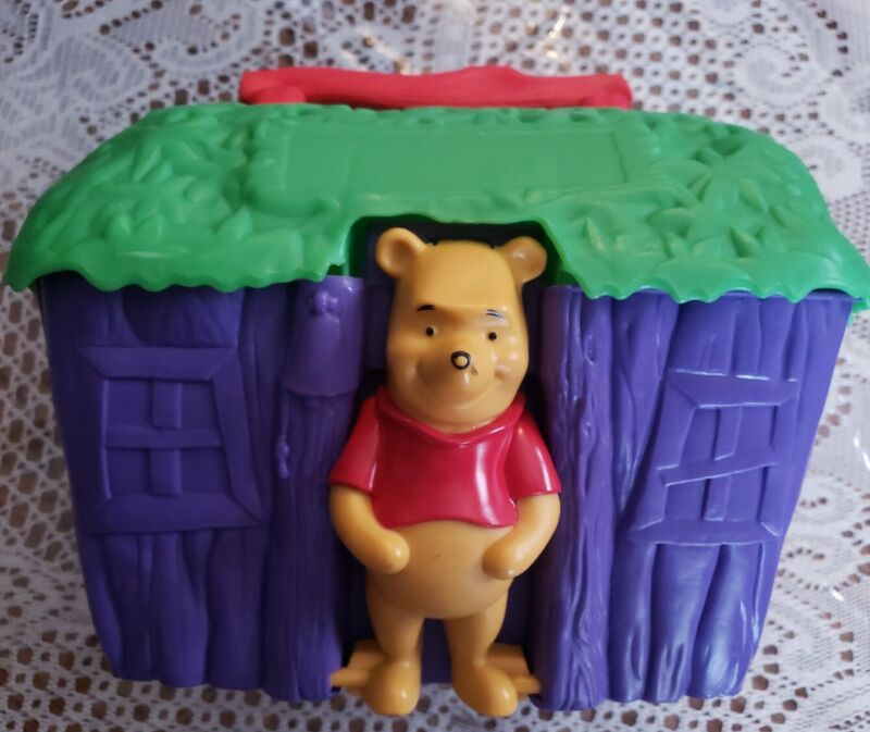 WINNIE THE POOH VINTAGE LUNCHBOX BY THERMOS, POOH
