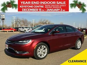 2016 Chrysler 200 Limited FWD *Backup Camera* *Heated Cloth*