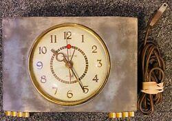 General Electric Mid Century Modern / Deco Metal Clock Vintage 7H166 GE - NICE+
