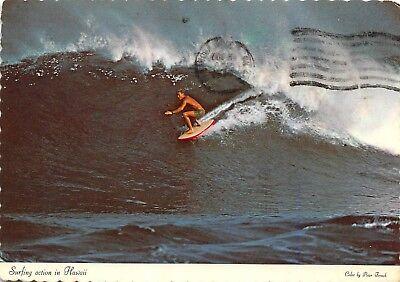 da6b8276e9 Riding The Big Wave Scene Surfing Action In Hawaii Vtg Chrome 1974 Postcard