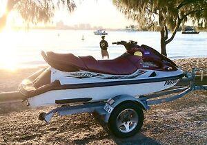 Yamaha XL 700 wave runner JetSki 2001 Surfers Paradise Gold Coast City Preview