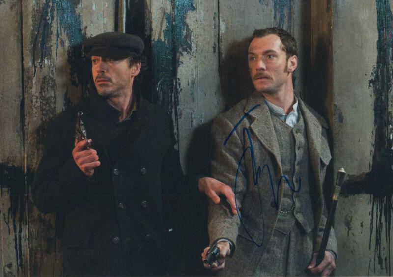"Jude Law ""Sherlock Holmes"" Autogramm signed 20x30 cm Bild"