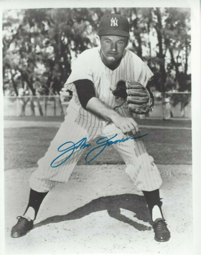 1961 NY Yankees pitcher Johnny James  autographed 8x10  action  photo