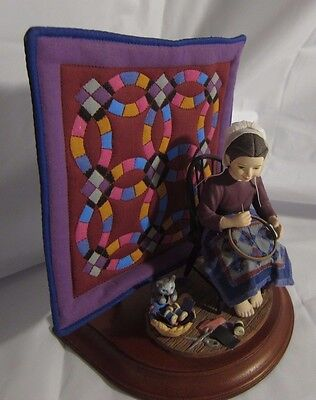 Amish Heritage Collection # 30012 1993 Special Edition Katie's First Quilt w Box