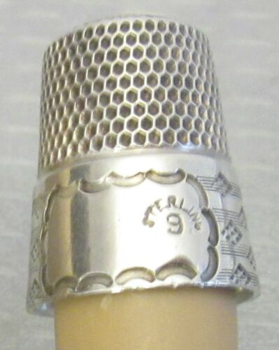 antique Simons STERLING SILVER THIMBLE sz 9 wide cartouche & diamond dot band