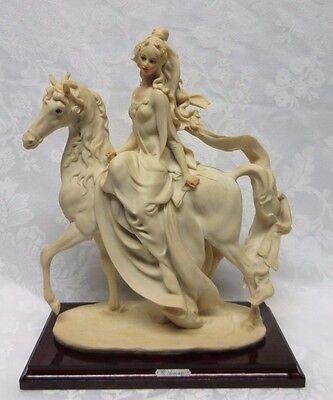 "Giuseppe Armani Florence Italy 1985 Figurine: ""Lady Riding Horse"" #0695-F"