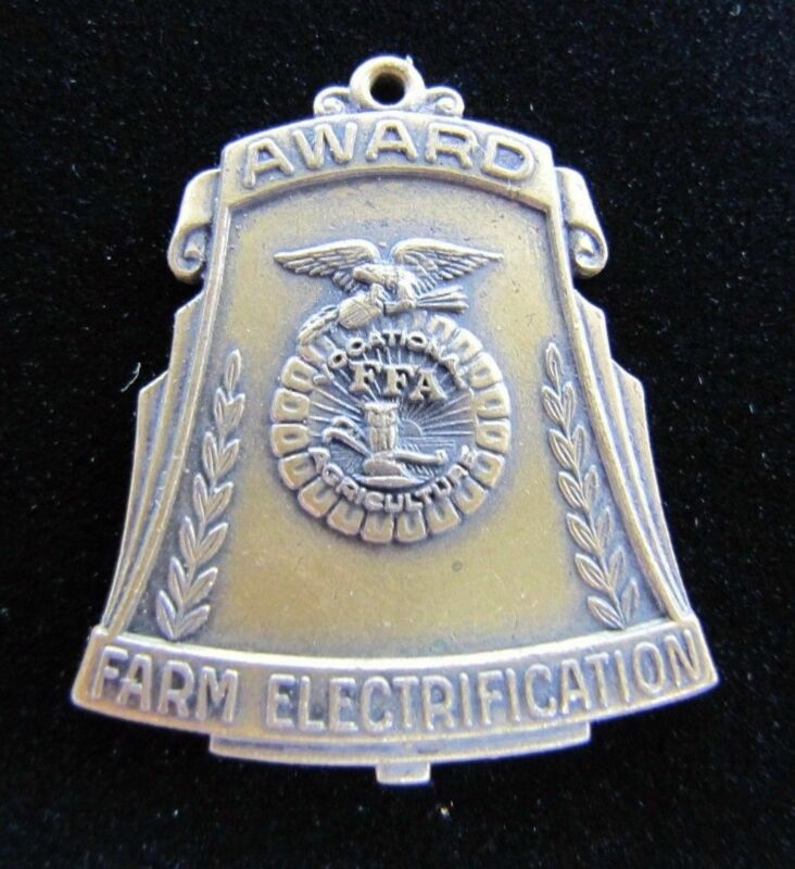 FFA FUTURE FARMERS of AMERICA Old Medallion FARM ELECTRIFICATION Award Medal