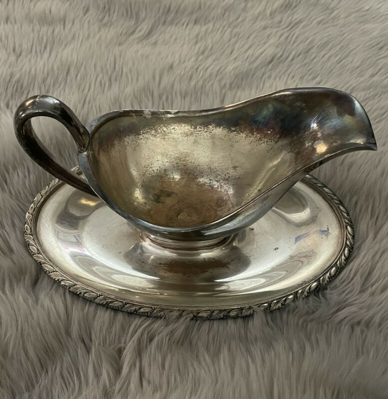 Vintage WM Rogers Silverplate Gravy Sauce Boat with Evandale Under-plate 1113