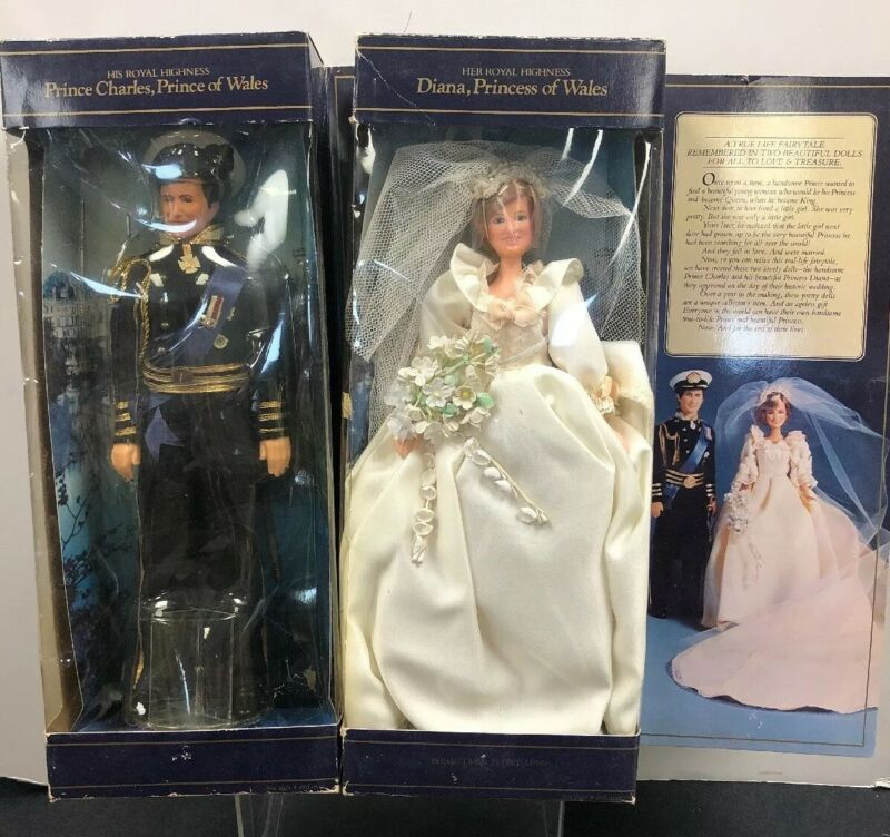 "12"" Royal Wedding 1982 Gold Beyer Princess Diana & Charles Wedding Dolls W/ Box"