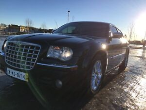 BEAUTIFUL 300C (HERITAGE PACKAGE) MAKE OFFER??