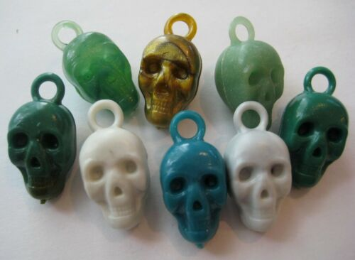VINTAGE Plastic Halloween SCARY HUMAN SKULL Gumball Charm Prize Lot of 8