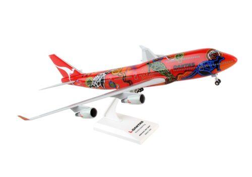 "SKYMARKS QANTAS ""WUNALA DREAMING"" 747-400 1:200 SCALE PLASTIC SNAPFIT MODEL"