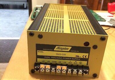Acopian Td15-250 125 Vac 400 Hz 1 Ph Gold Box Series Power Supply