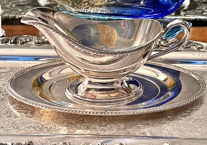 """Oneida Fiesta Silver Plated Gravy Sauce Boat W/Plate gadroon Trim 8"""" w/10"""" Plate"""