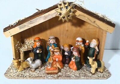 Home for the Holidays Nativity Set of 11 w/Wood Creche Stable Porcelain Figure