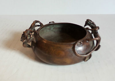 19th CENTURY ANTIQUE CHINESE BRONZE CENSER, DRAGON HANDLES, SIGNED