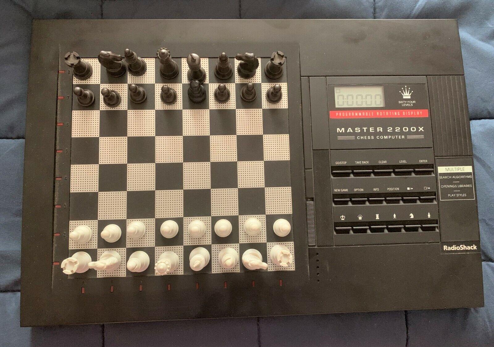 Computer Games - VINTAGE SENSORY CHESS COMPUTER Master 2200X - BOX