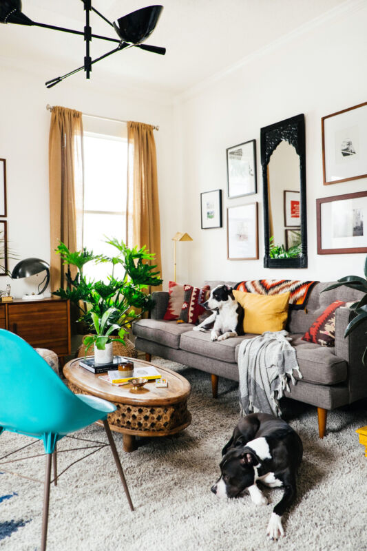 10x10 Room Design: 8 Commitment-Free Ways To Upgrade Your Rental Apartment