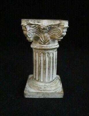 Small Roman Greek Corinthian Mini Column For Vitrine Jewelry Store Display