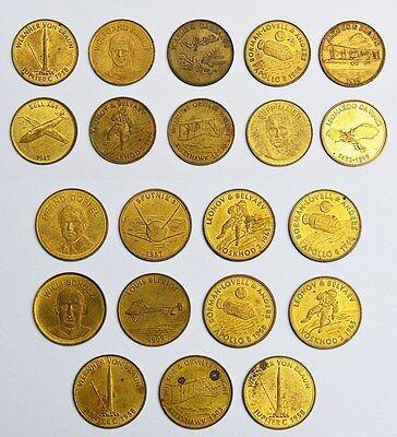 21 Tankstellen-Medaillen Shell Messing Fußballer Traum-Elf 1969 Astronauten