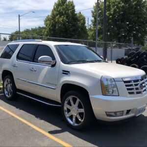 "2007 CADILLAC ESCALADE, LOADED, NAV, CLEAN CARPROOF 22"" WHEELS"