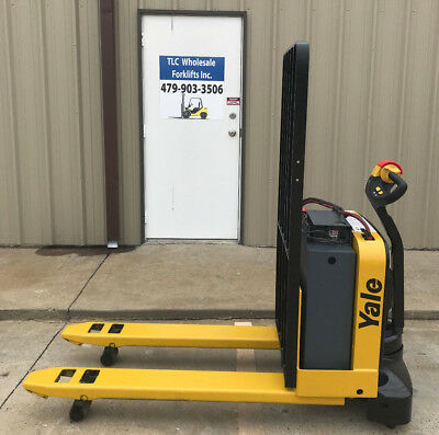 2014 Yale Electric Pallet Jack - Model Mpw050 Forklift - Walkie Only 3650 Hours