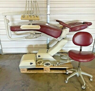 Pelton Crane Spirit Sp20 Dental Patient Exam Chair W Dci Delivery Unit Stool
