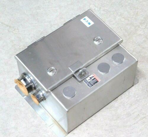 NEW! EATON ECL03C4A2A NEMA 4X STAINLESS STEEL LIGHTING CONTACTOR 30A CN35DN2 VN