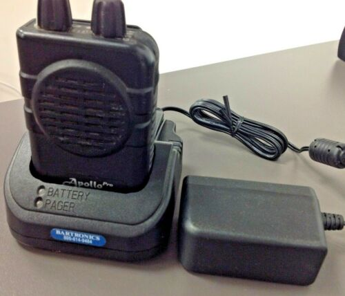 APOLLO 2 CH SV VHF VP200 PRO VOICE PAGER, with Charger, USED, TESTED