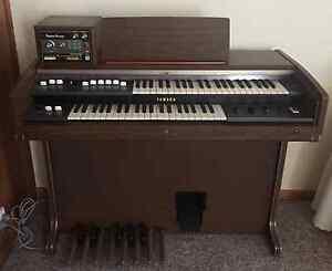 GIVEAWAY Gorgeous, Vintage YAMAHA Electric Organ Royal Park Charles Sturt Area Preview