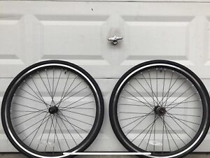 BRAND NEW! Road bike Single speed wheel set 700c